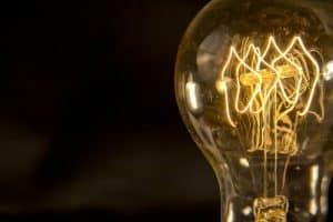 Illuminazione | Elettrogruppo ZeroUno | Beinasco | Torino | TO | lampadina luce calda
